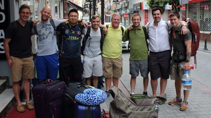 Mission Trips (1-12 Weeks) | Cru