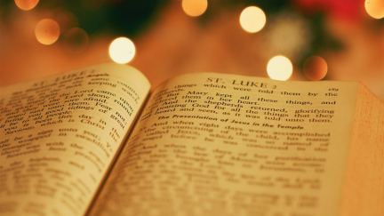 How to Turn Holiday Conversations Toward Jesus